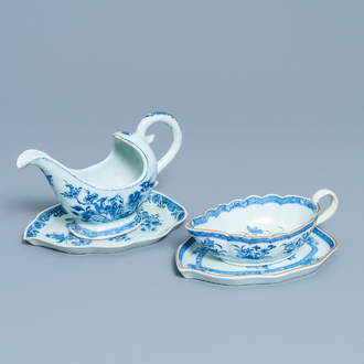 Two Chinese blue and white sauceboats on stands, Qianlong
