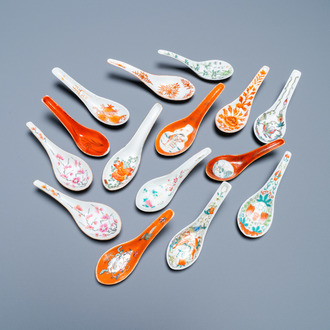 Fifteen Chinese famille rose and iron-red spoons, 19/20th C.