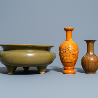 A Chinese monochrome teadust-glazed censer and two monochrome vases, 19/20th C.