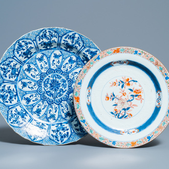 A Chinese blue and white 'lotus' dish and a famille verte dish, Kangxi