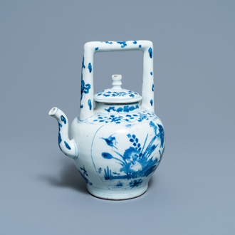 A large Chinese blue and white 'birds' wine ewer and cover, Transitional period