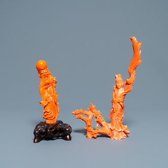 Two Chinese carved red coral figures, 19/20th C.