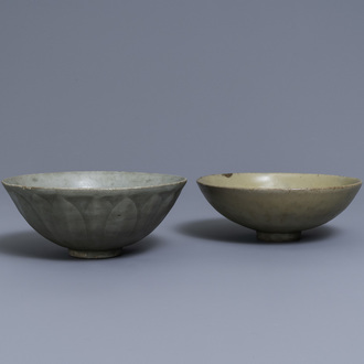 Two Chinese Longquan celadon-glazed bowls, Song/Ming
