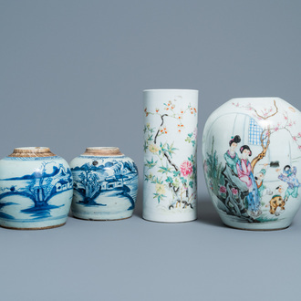 A pair of Chinese blue and white jars, a famille rose hat stand and a ginger jar, 18/19th C.