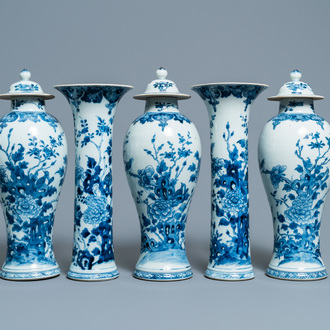 A Chinese blue and white five-piece garniture with floral design, Qianlong