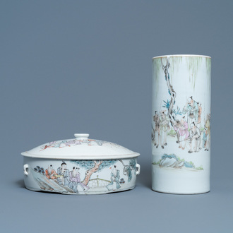 A Chinese qianjiang cai hat stand and a covered bowl, 19/20th C.