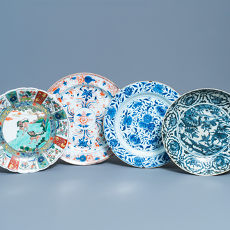 Four Chinese blue and white, Imari-style and famille verte dishes, Ming and later