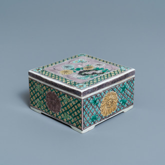 A Chinese square verte biscuit box and cover, Kangxi