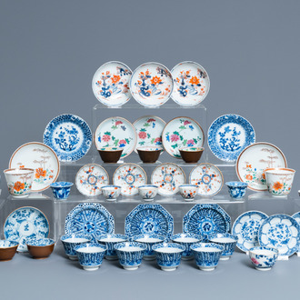 24 Chinese cups and 25 saucers in blue and white, famille rose, verte and Imari-style porcelain, Kangxi and later