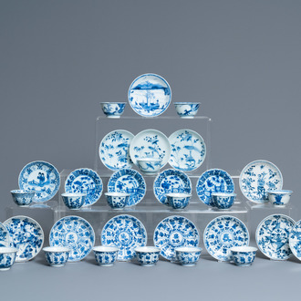 15 Chinese blue and white cups and 18 saucers, Kangxi
