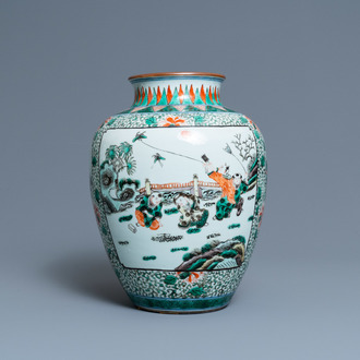 A Chinese famille verte jar, 19th C.