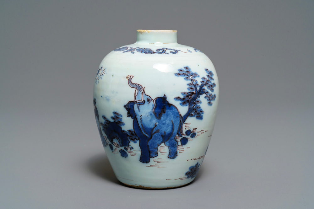 A fine Dutch Delft blue, white and manganese chinoiserie 'elephant' vase, 2nd half 17th C.