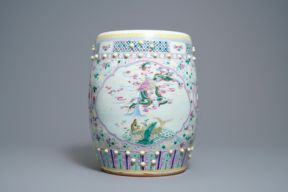 A Chinese famille rose 'mythical beasts' garden seat, 19th C.