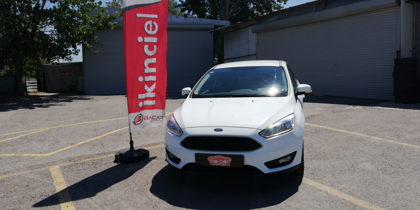 Ford Focus 1.5L TDCI 120PS EU6 4K PWS TREND X 4 Door sedan