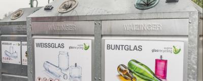 Container zur Glasentsorgung