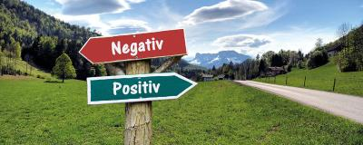 Wegweiser Positiv - Negativ