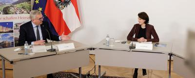 Gemeindebund-Präsident Alfred Riedl und Europaministerin Karoline Edtstadler