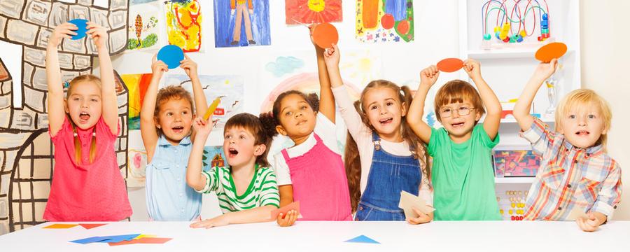 Kinder im Kindergarten