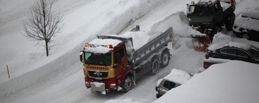 Winterdienstfahrzeug