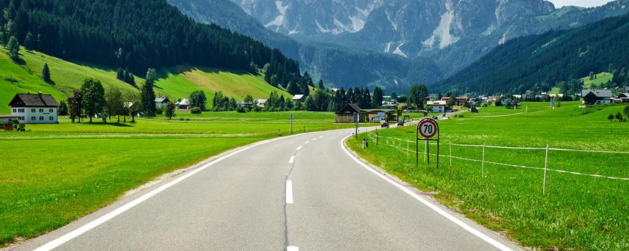 Straße bei Gosau