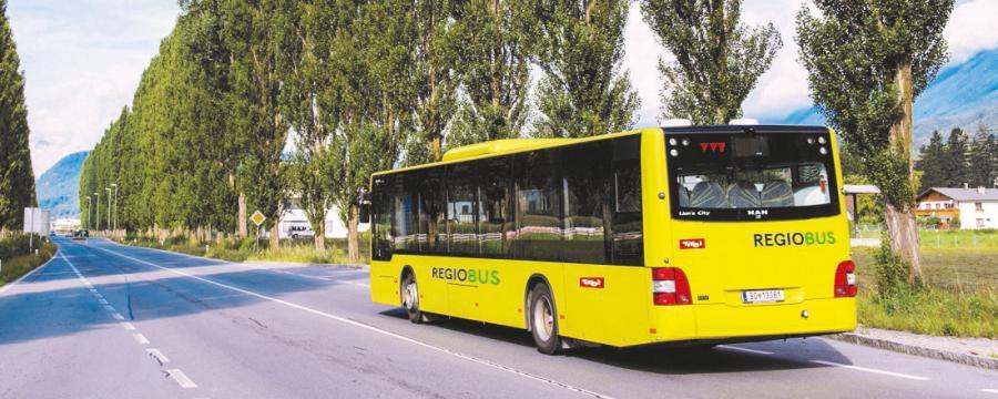 Bus des Verkehrsverbundes Tirol