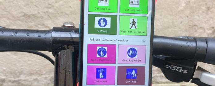 Mittels GPS-Gerät am Rad werden die rad- und fußgängerrelevanten Einrichtungen vor Ort aufgenommen.