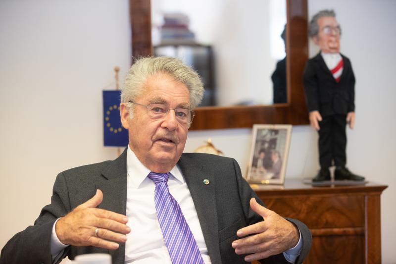 Heinz Fischer beim Intervies mit KOMMUNAL