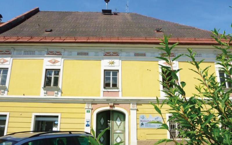 Gemeindezentrum in Neumarkt