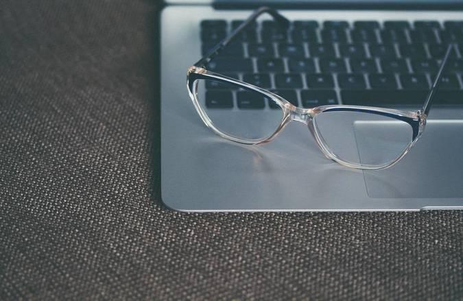 Big 0 glasses notebook   unsplash  aliissinisalu