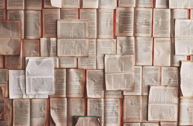Big 0 books   unsplash  impatrickt
