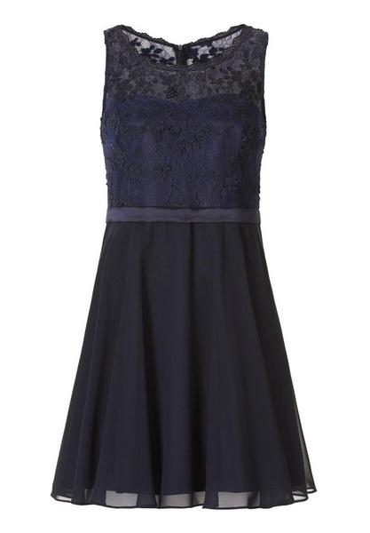 Kleid Kurz ohne Arm