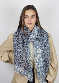 Plissee-Schal aus recyceltem Polyester mit Leo-Print