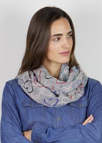 Angenehm softer Herzchen-Loop aus recyceltem Polyester