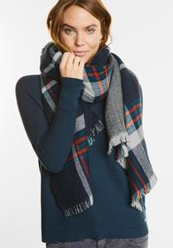 Warmer, großer Wende-Schal