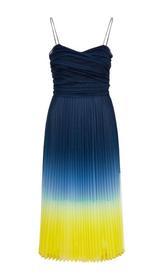 Kleid mit plissiertem Tüll
