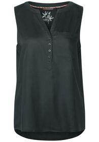 QR Solid blousetop w splitneck