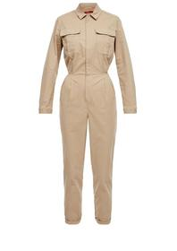 Overall im Field-Look
