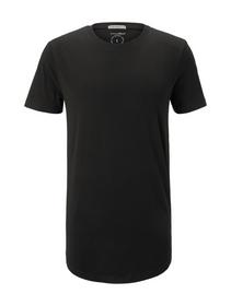 T-shirt with woven badge