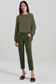 Blusenshirt aus Seiden-Mix, vegetal green
