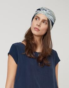 Amonea scarf