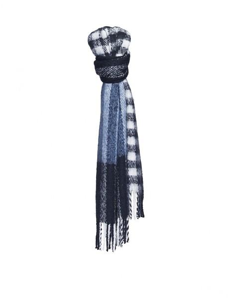 Amelta scarf