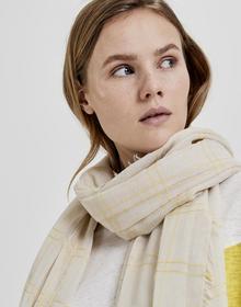 Akari scarf
