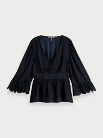 Drapey top with scalloped edges
