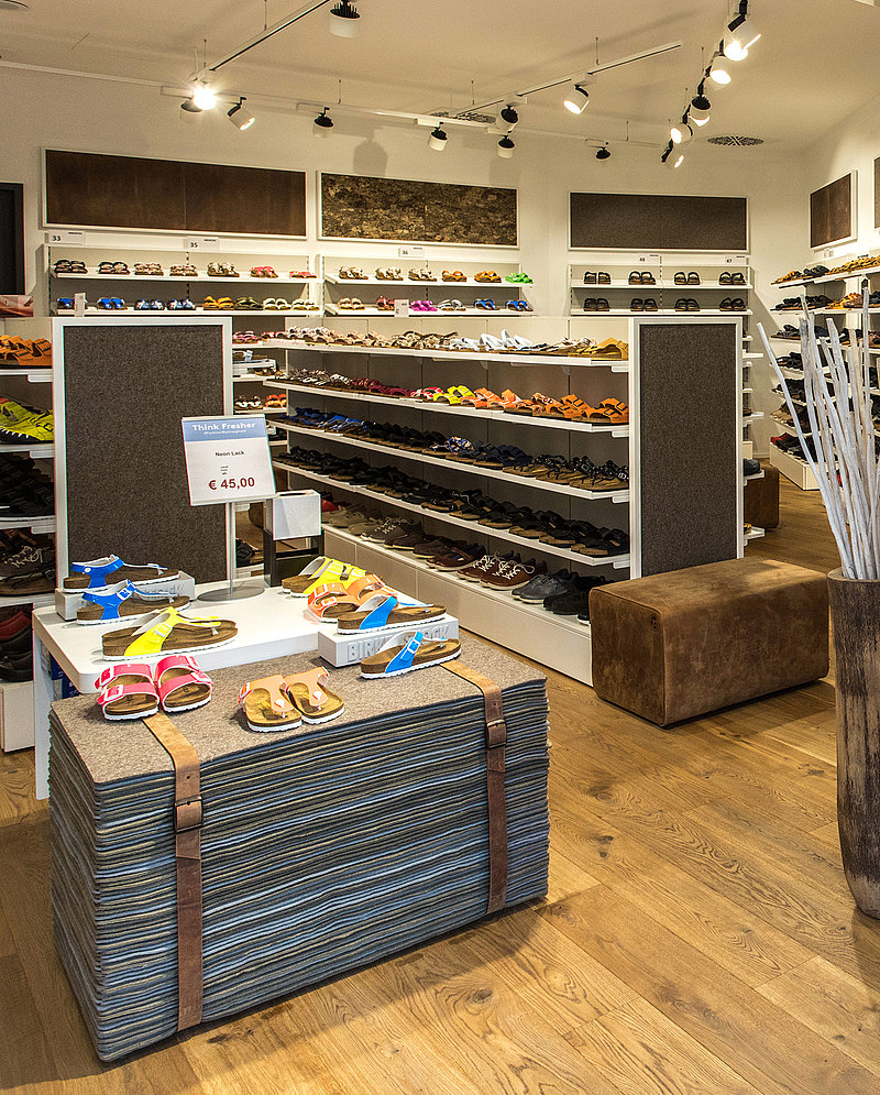 BIRKENSTOCK New Top Brand at Designer Outlet Roermond ff12340b1b3