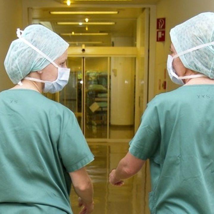 Online dating zdravotníckych pracovníkov