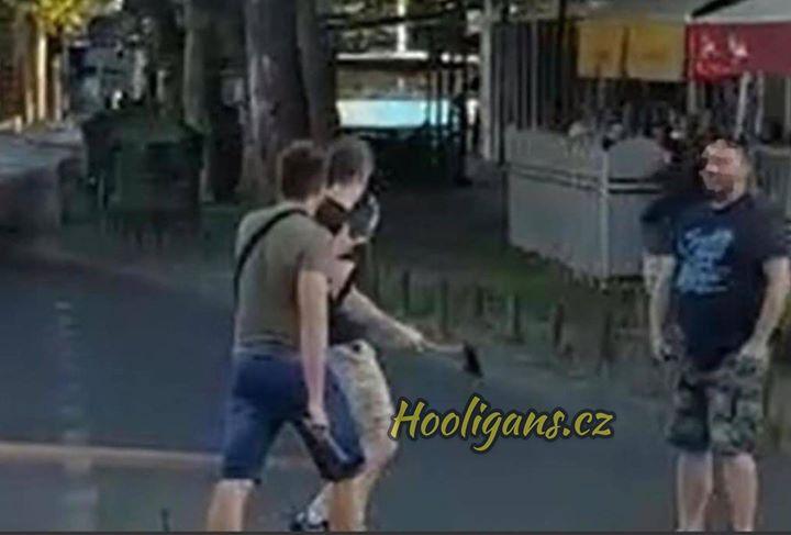Top Five Zouaves Paris Hooligans - Circus