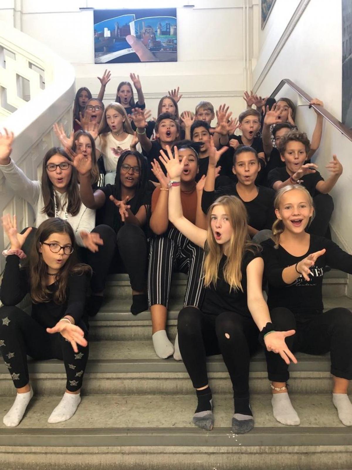 So fühlen sich die SchülerInnen aus Düsseldorf (NRW) auf der Bühne.