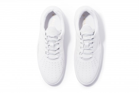 Low top tabs white