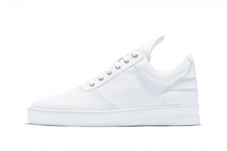 Low top diagonal white