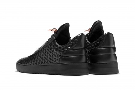 Low top twist black